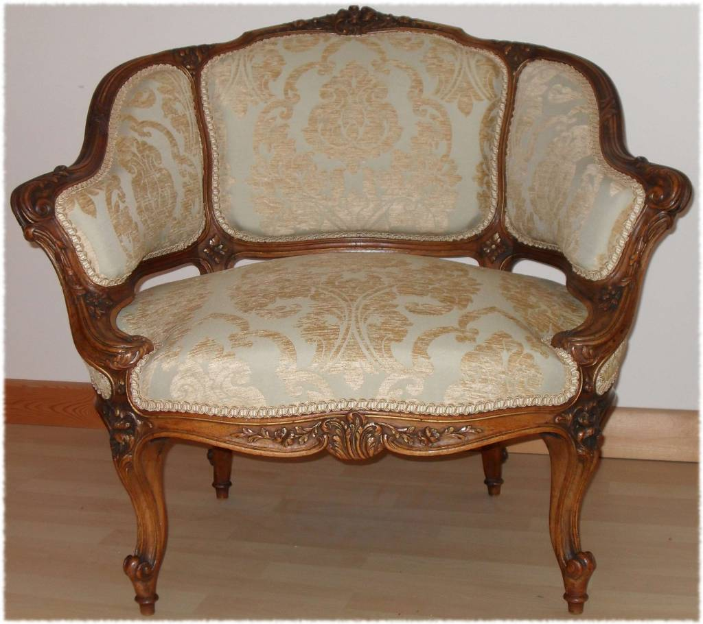 Magnificent armchair